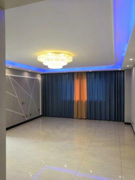 ✈ 富新花园4楼115平米,框架结构三室两厅地暖落地窗,豪华