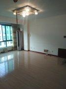 香格里拉一区103平 4楼 精装修 三室两卫 学区房