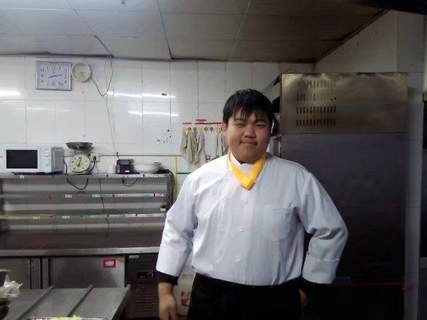 求职厨师,跟刀,焖鱼,打荷气柜等岗位都会